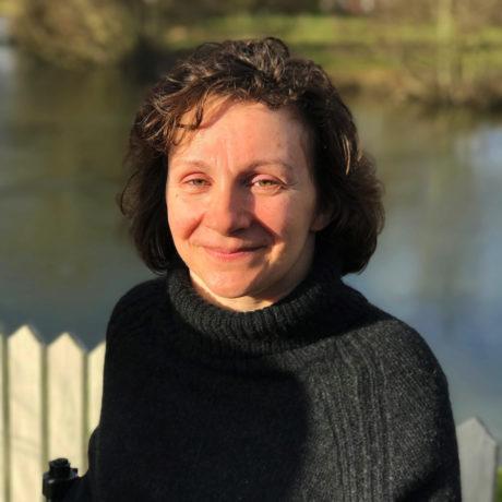 Victoria Holton