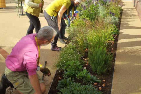 salisbury volunteer visit to stoke mandeville