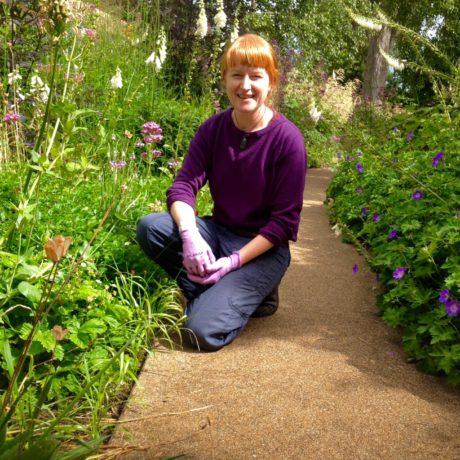 Chelsea Lowe – Scotland Garden Assistant